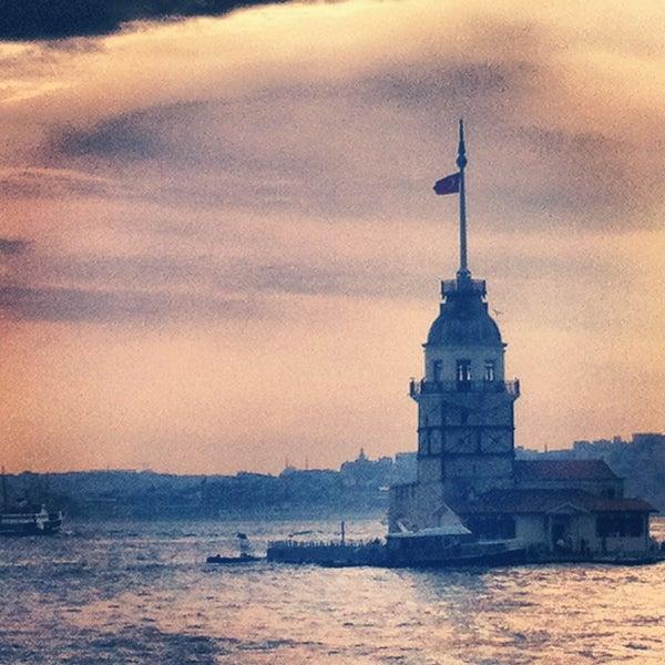 6/7/2013にEbru K.がKız Kulesiで撮った写真