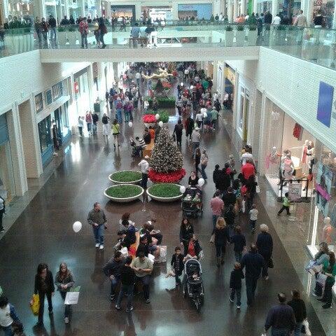 11/23/2012 tarihinde Jake V.ziyaretçi tarafından NorthPark Center'de çekilen fotoğraf
