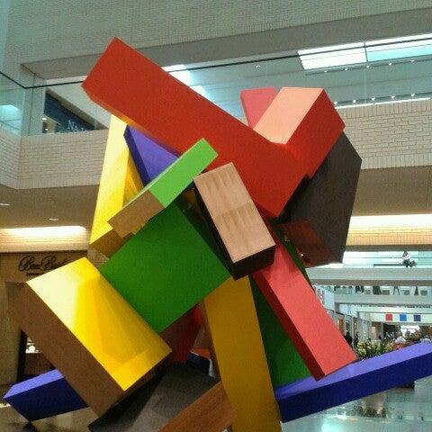 11/28/2012 tarihinde Jake V.ziyaretçi tarafından NorthPark Center'de çekilen fotoğraf