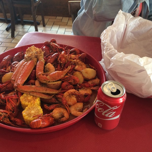 Take the The Krazie Bucket. For European bellies it's enough for 2 people.
