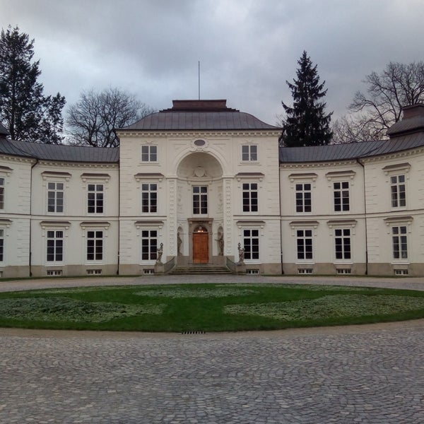 Photos At Pałac Myślewicki łazienki Królewskie 172 Visitors