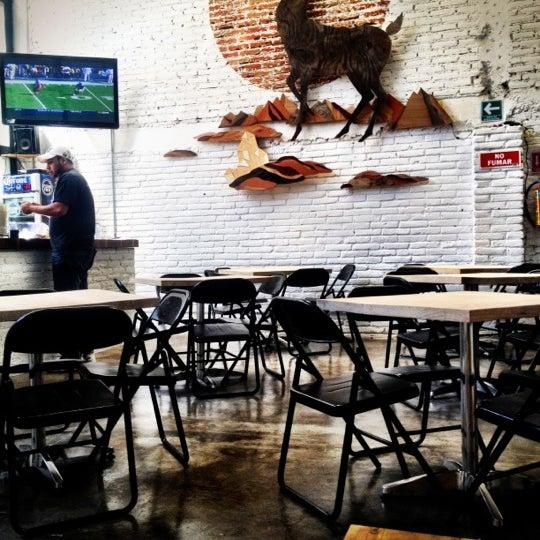 10/15/2012에 Paola N.님이 Smokey's Burger House에서 찍은 사진