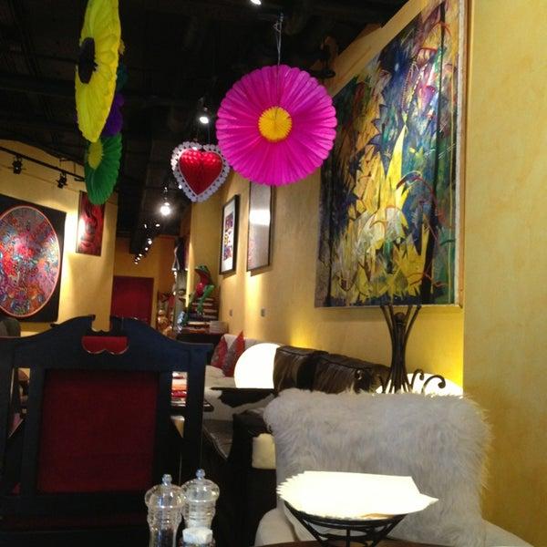 7/14/2013에 Vera M.님이 Mexican Club에서 찍은 사진