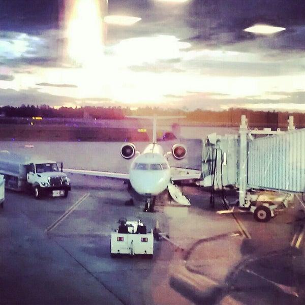 12/5/2012にInfinite Starr L.がGulfport-Biloxi International Airport (GPT)で撮った写真