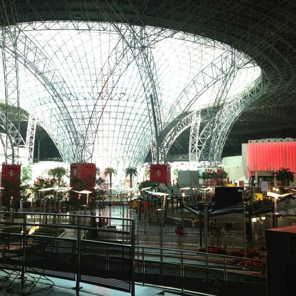 Foto tomada en Ferrari World Abu Dhabi por Indra C. el 1/6/2013