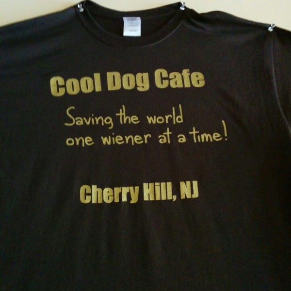 Photo taken at Cool Dog Cafe by Jason S. on 8/21/2014
