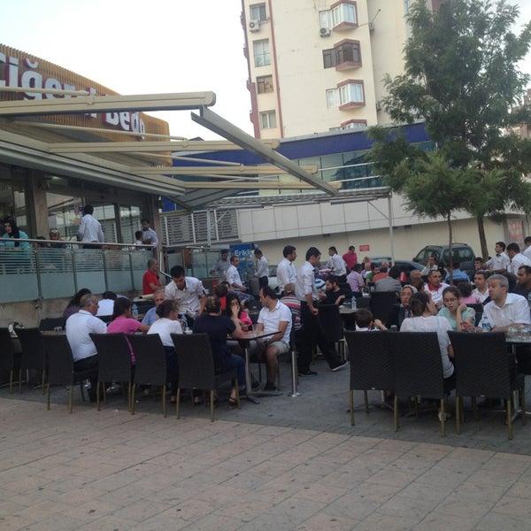 Das Foto wurde bei Ciğerci Ulaş von Nihat A. am 6/10/2013 aufgenommen