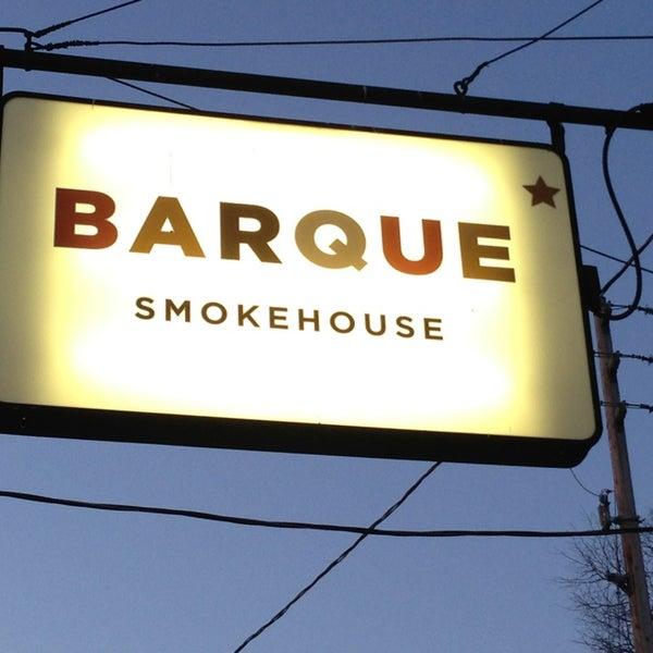 Photo prise au Barque Smokehouse par Alison S. le4/4/2013