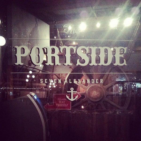 Photo prise au The Portside Pub par Shelley C. le5/10/2013