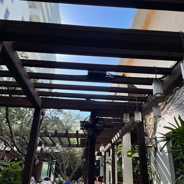 5/29/2021에 Nawaf님이 Cecconi's Miami Beach에서 찍은 사진