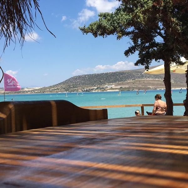 Das Foto wurde bei Alaçatı Surf Paradise Club von  🤴Hüseyin🤴  am 7/19/2018 aufgenommen