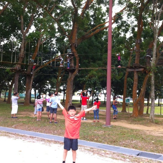 10/13/2012にKelvin S.がForest Adventure (Bedok Reservoir Park)で撮った写真