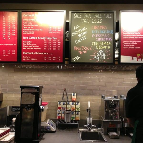 Starbucks Coffee Shop In Edgewater