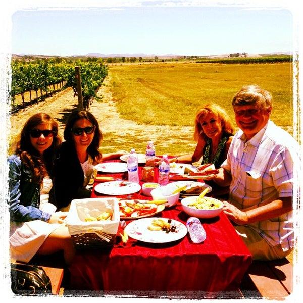 Das Foto wurde bei Larson Family Winery von Ester Marie B. am 7/16/2013 aufgenommen