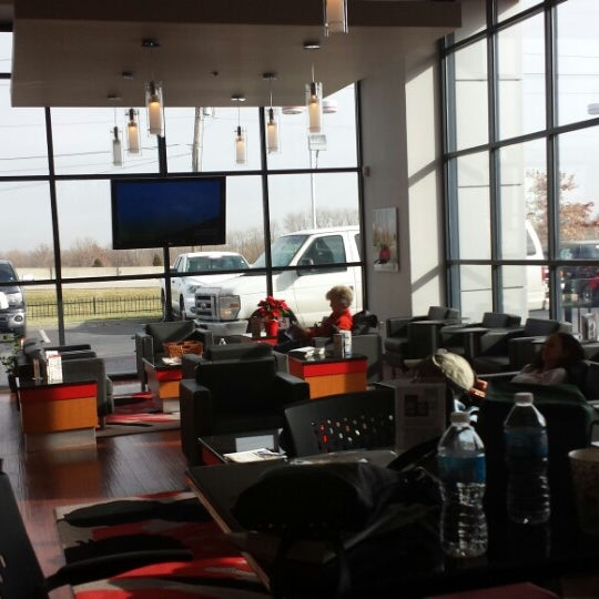 photos at jay wolfe toyota - northland - 9650 nw prairie view rd