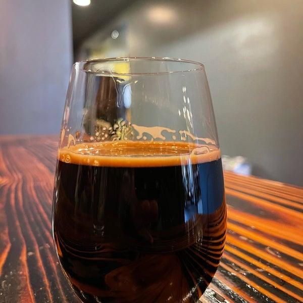 1/6/2021にMichael P.がBhramari Brewing Companyで撮った写真