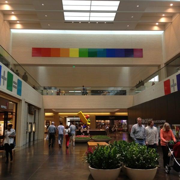 3/9/2013 tarihinde Rachel G.ziyaretçi tarafından NorthPark Center'de çekilen fotoğraf