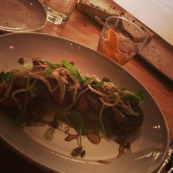 Снимок сделан в Braise Restaurant & Culinary School пользователем Jennifer Y. 12/20/2015