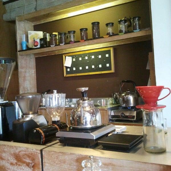 Foto scattata a Seniman Coffee Studio da fredric il 7/14/2013