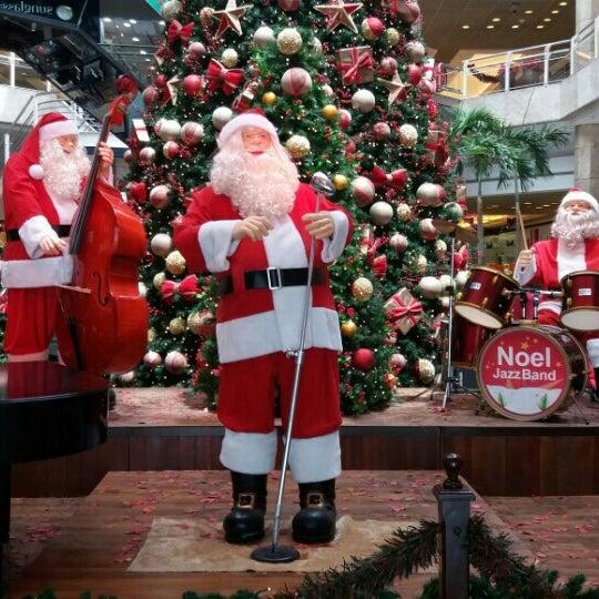 12/21/2015 tarihinde Raphael R.ziyaretçi tarafından Shopping Center Penha'de çekilen fotoğraf