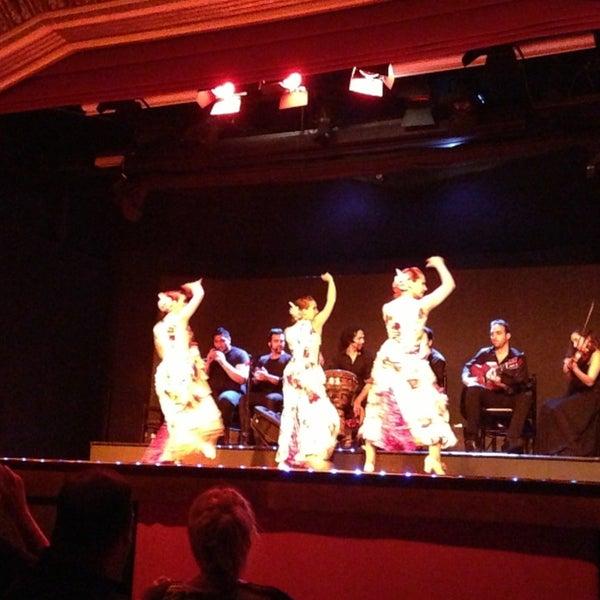 Снимок сделан в Palacio del Flamenco пользователем Engin T. 6/21/2013