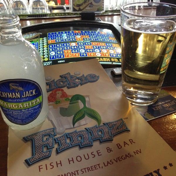 Foto diambil di Mickie Finnz Fish House & Bar oleh Sara K. pada 4/4/2013