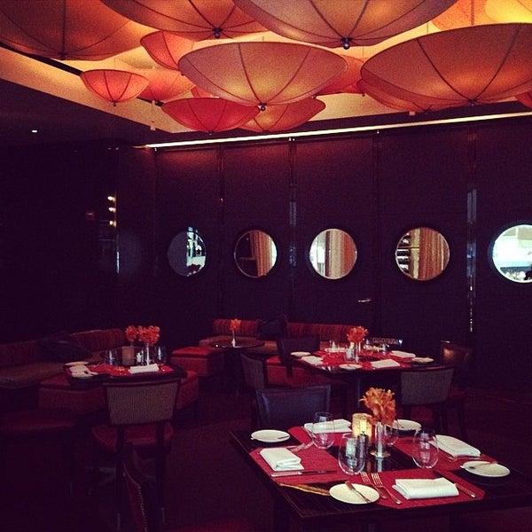 Foto tomada en Le Cirque Cafe por Restaurant Fairy el 3/24/2014