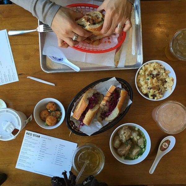1/13/2015にRestaurant FairyがRed Star Sandwich Shopで撮った写真