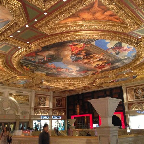 Foto tirada no(a) Venetian Resort & Casino por Christy T. em 4/23/2013
