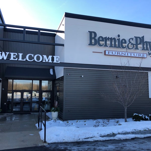 Bernie Phyls Furniture Wild Country, Bernie And Phyl S Furniture Nashua Nh