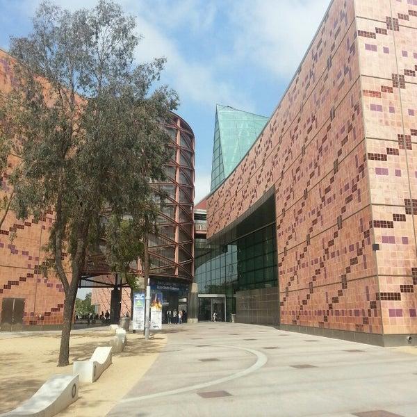 รูปภาพถ่ายที่ California Science Center โดย Suk Jong K. เมื่อ 8/1/2013