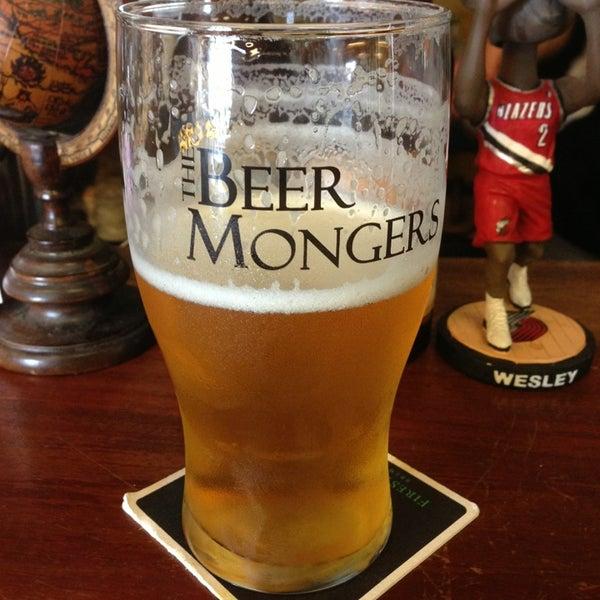 Photo prise au The BeerMongers par Angelo D. le6/17/2013