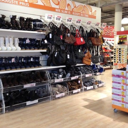 9b1e92dd956 Photo taken at Topmerk Schoenen by iSnowwhite on 11/27/2012