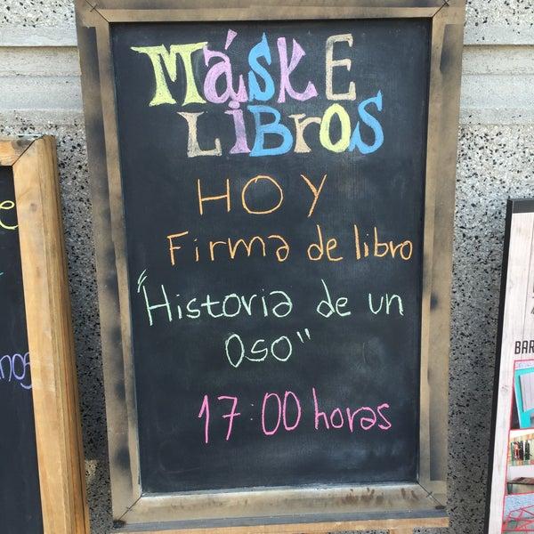 8/20/2016에 Gary R.님이 MásKe Libros에서 찍은 사진