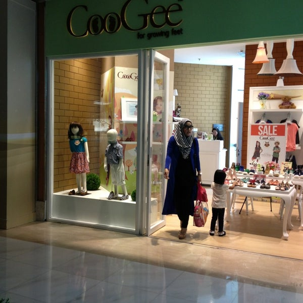697210e5d Coogee Grand Indonesia - Shoe Store in Tanah Abang