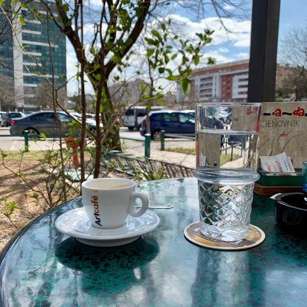Džada-Bulevar - Café