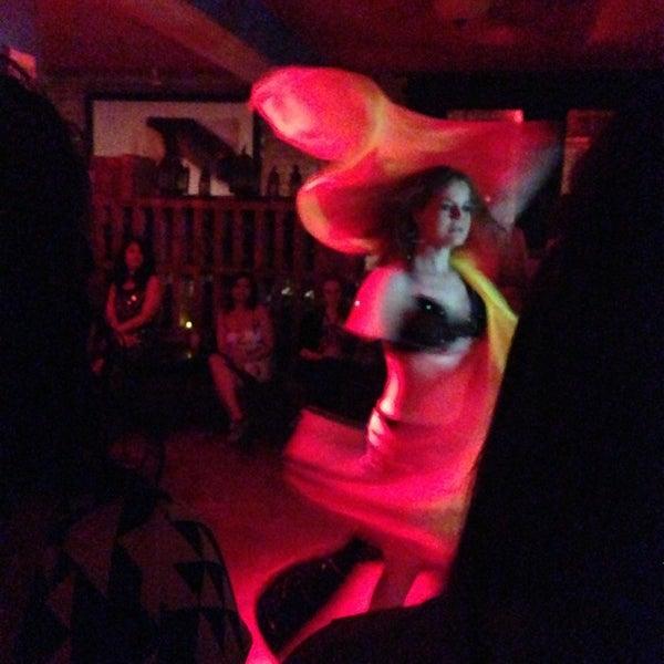 4/5/2014에 Sufi H.님이 Mosaic Wine Lounge에서 찍은 사진