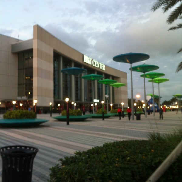 Foto tirada no(a) BB&T Center por Angelo S. em 4/11/2013