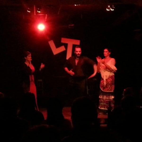 Снимок сделан в Las Tablas Tablao Flamenco пользователем Berk D. 12/27/2014