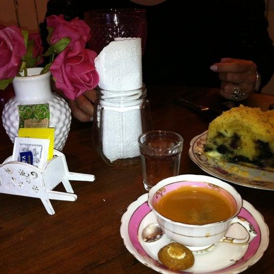 6/16/2012에 Alana C.님이 Le Jardin Secret에서 찍은 사진