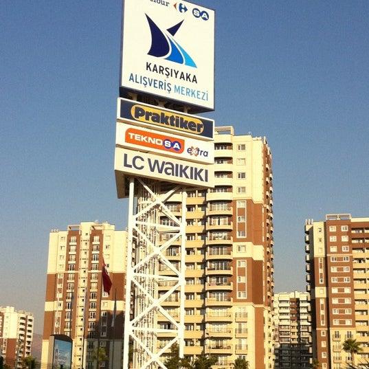 10/6/2011 tarihinde Okan ツ.ziyaretçi tarafından CarrefourSA Karşıyaka AVM'de çekilen fotoğraf