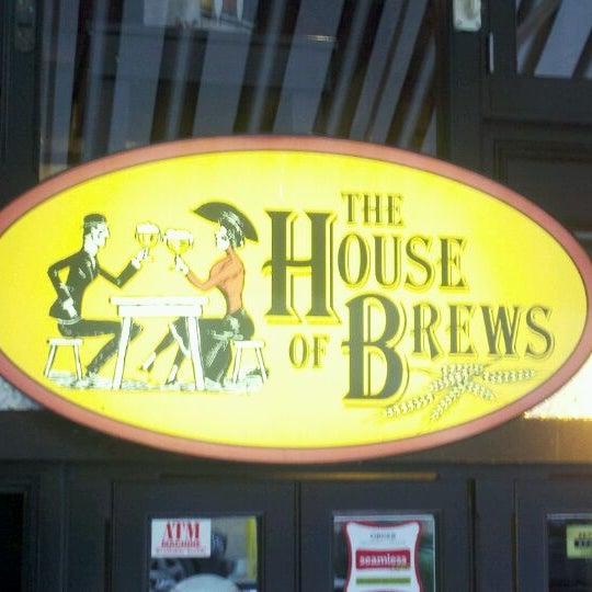 Das Foto wurde bei The House of Brews von Joseph B. am 9/17/2011 aufgenommen