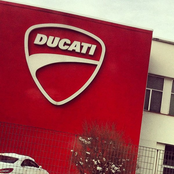 2/25/2012 tarihinde Federico R.ziyaretçi tarafından Ducati Motor Factory & Museum'de çekilen fotoğraf
