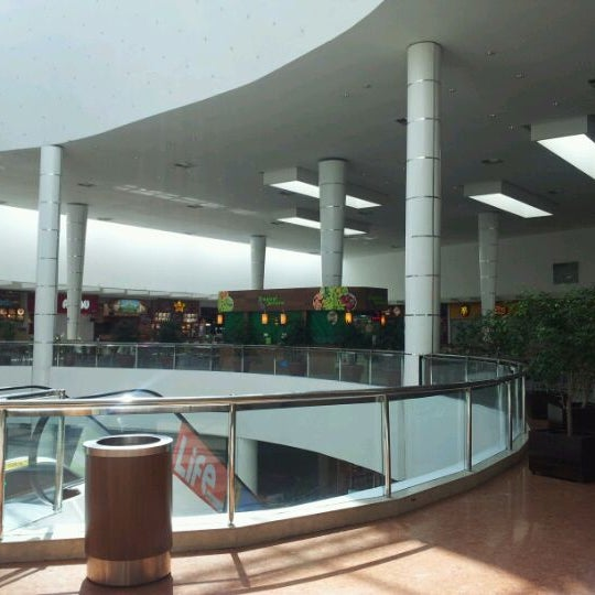 9/13/2011 tarihinde Fulton N.ziyaretçi tarafından Shopping Palladium'de çekilen fotoğraf