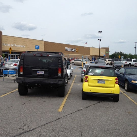 Photo Taken At Walmart Supercenter By Chris Y On 4 21 2012
