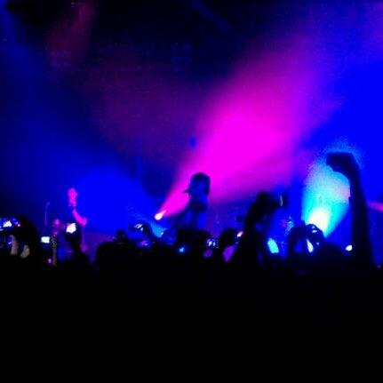 รูปภาพถ่ายที่ Warehouse Live โดย Maryann C. เมื่อ 3/15/2012