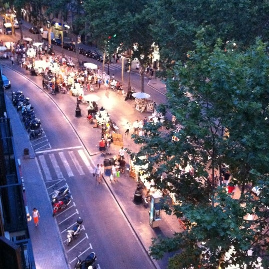Foto diambil di Hotel Arc La Rambla oleh Guido G. pada 8/5/2011