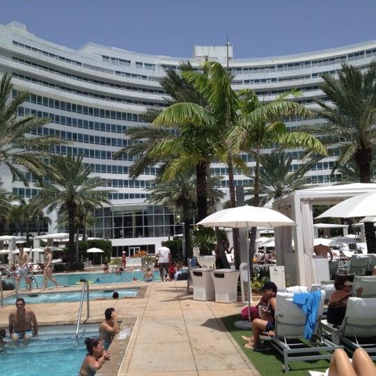 Photo prise au Fontainebleau Miami Beach par Guilherme R. le8/7/2012