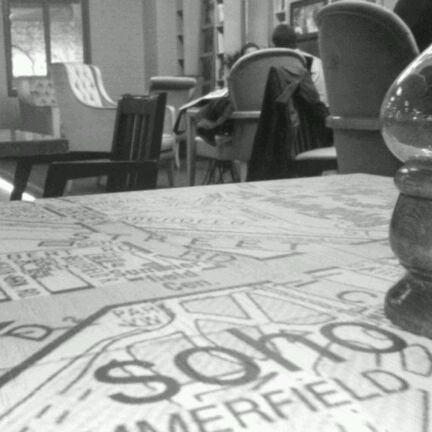 Photo prise au Soho Green's par Erdi Ö. le11/4/2011