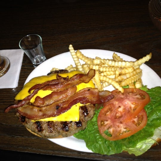Todds Bar And Grill - 9 tips